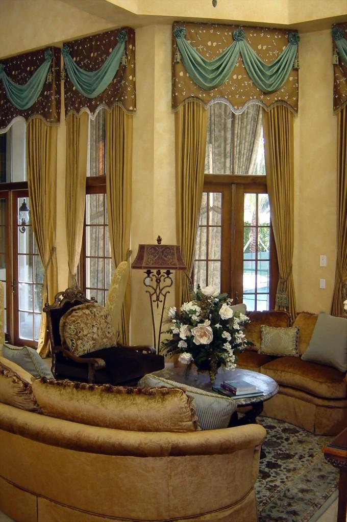 Living Room Draps